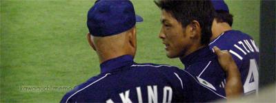 オトコマエの肩を抱けるなんて、垣野さん役得ですね。